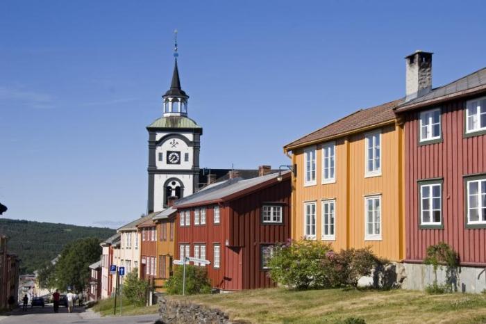 Røros - kirke og hus