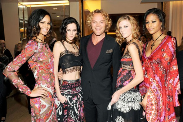 Peter-Dundas-and-models-at-the-party-590x393