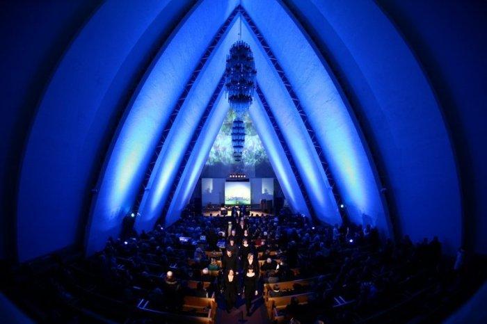 Hurtigruten - Ishavskatedralen