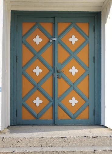 Closed church doors & Comment: Closed Church Doors