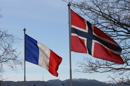 Flag flying day - Norway France