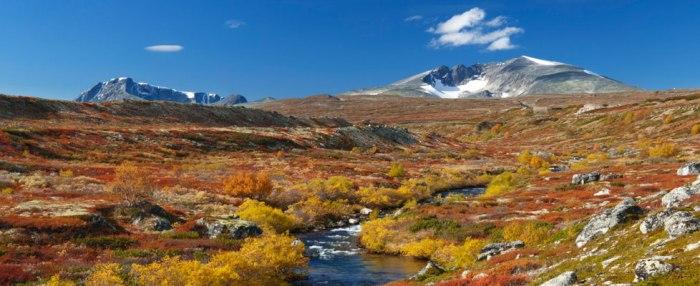 Norwegian Mountain Range Snøhetta