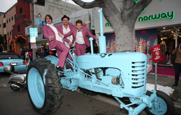 Moods of norway tractor