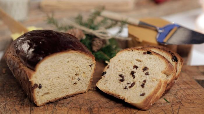 Traditional Norwegian Christmas Bread Julebrød