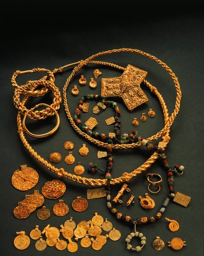 Viking Age Hoen Gold Treasure