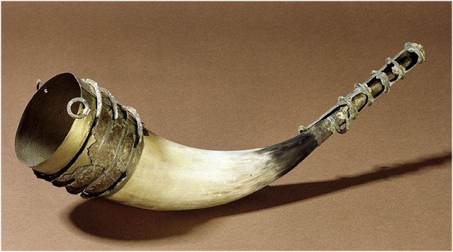 Glass Drinking Horn