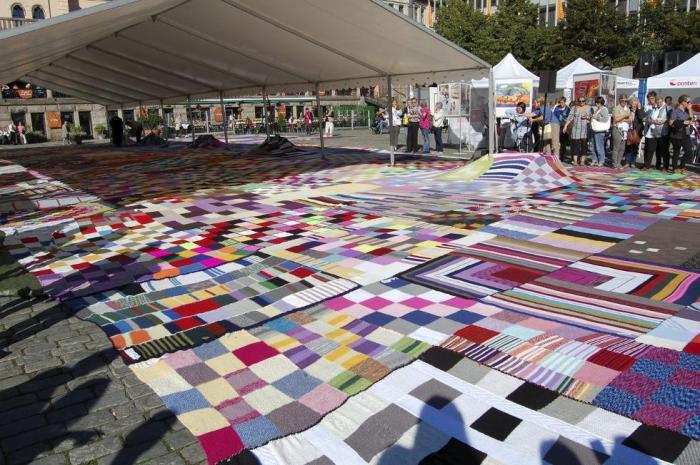 Worlds largest quilt blanket