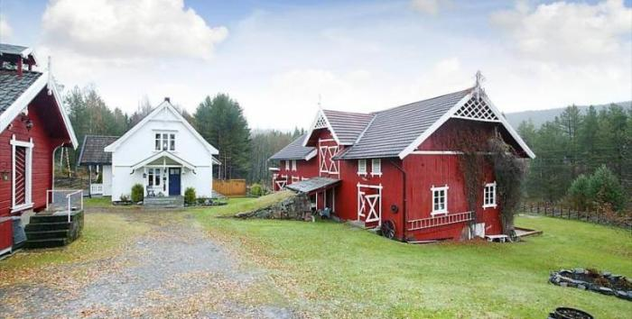 Typical Norwegian Farm Colors