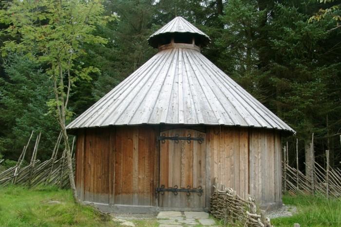 Viking Heathen Hof Roundhouse