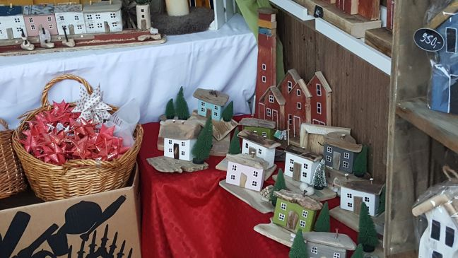 namsos-christmas-market-sales-booth-resize